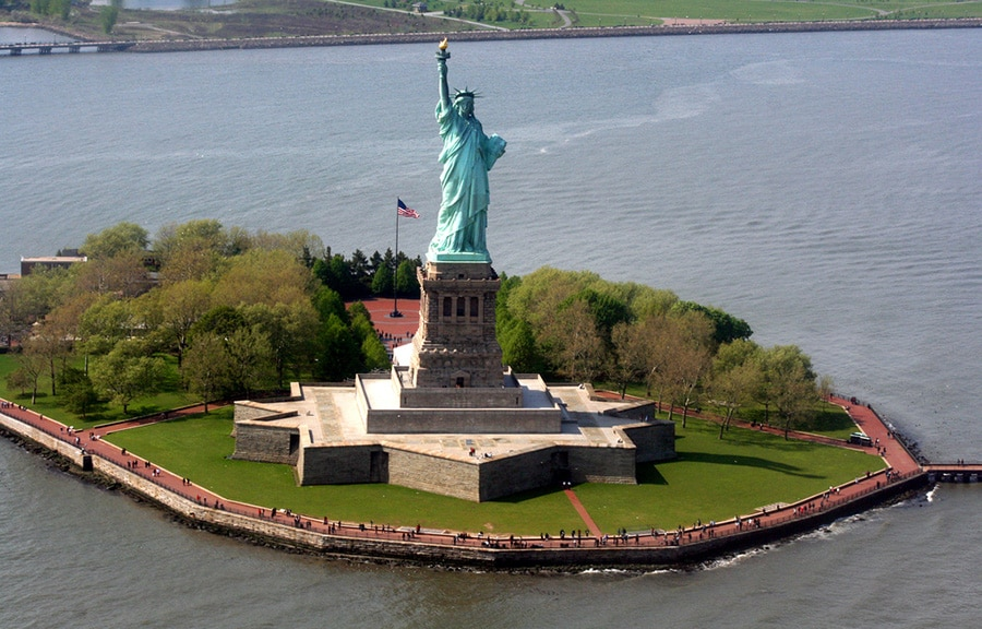 liberty-island-new-york-statue-liberte