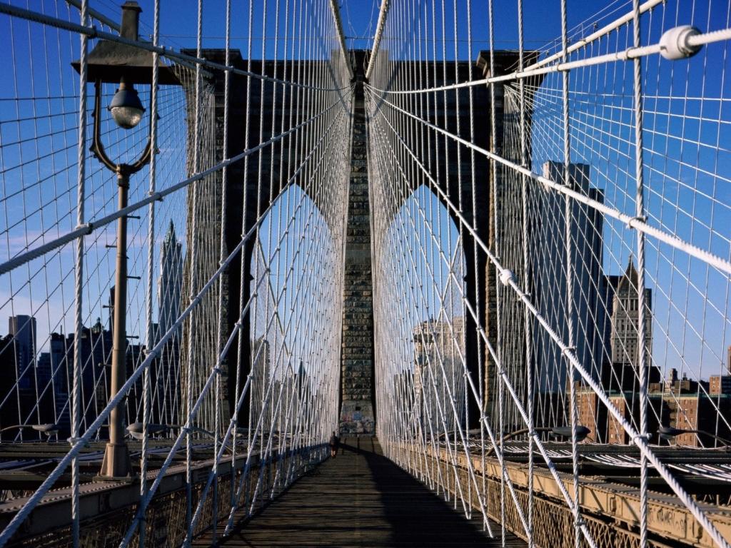 Câbles et arche du pont de Brooklyn