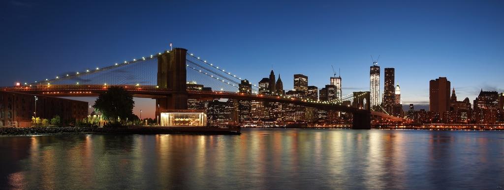 Quel est ce pays ou cette ville ? Skyline-manhattan-pont-de-brooklyn