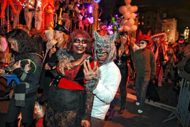 Fêter halloween à new york parade01n 1 web