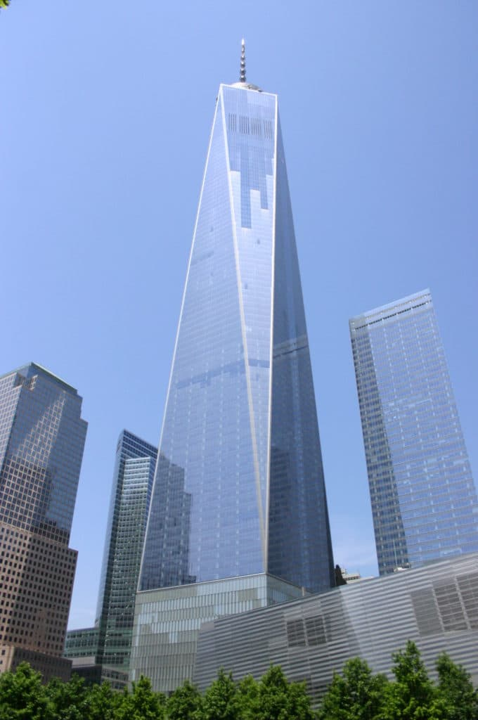 La tour One World Trade Center (One WTC) accueille le One World Observatory