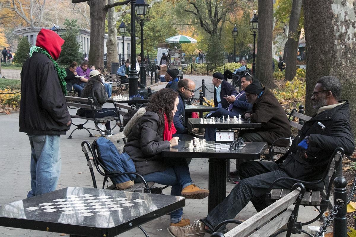 Des joueurs d'échecs dans Washington Square Park
