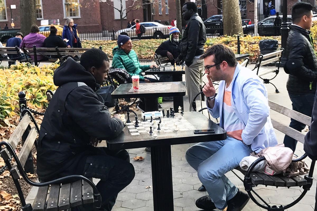 Des joueurs d'échec dans Washington Square Park