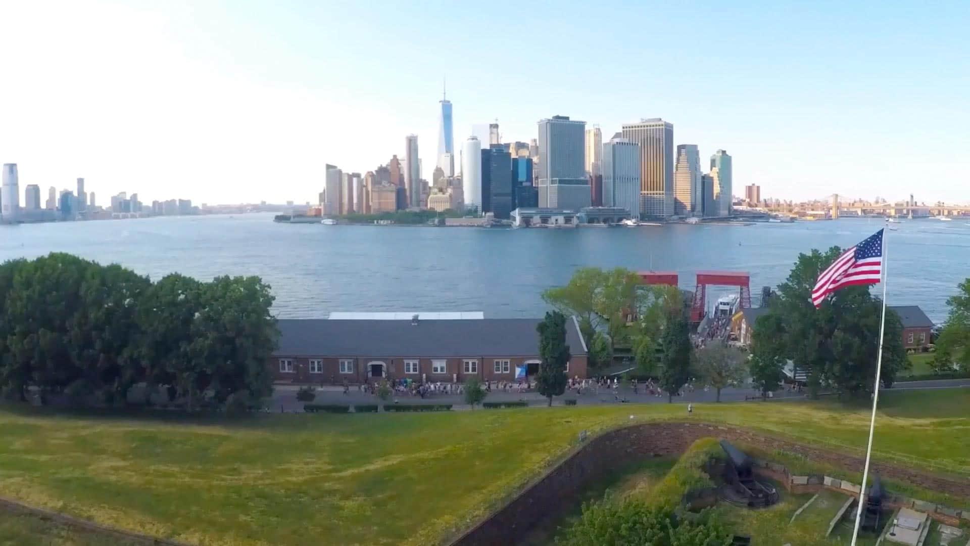 Skyline de Manhattan prise de Governors Island