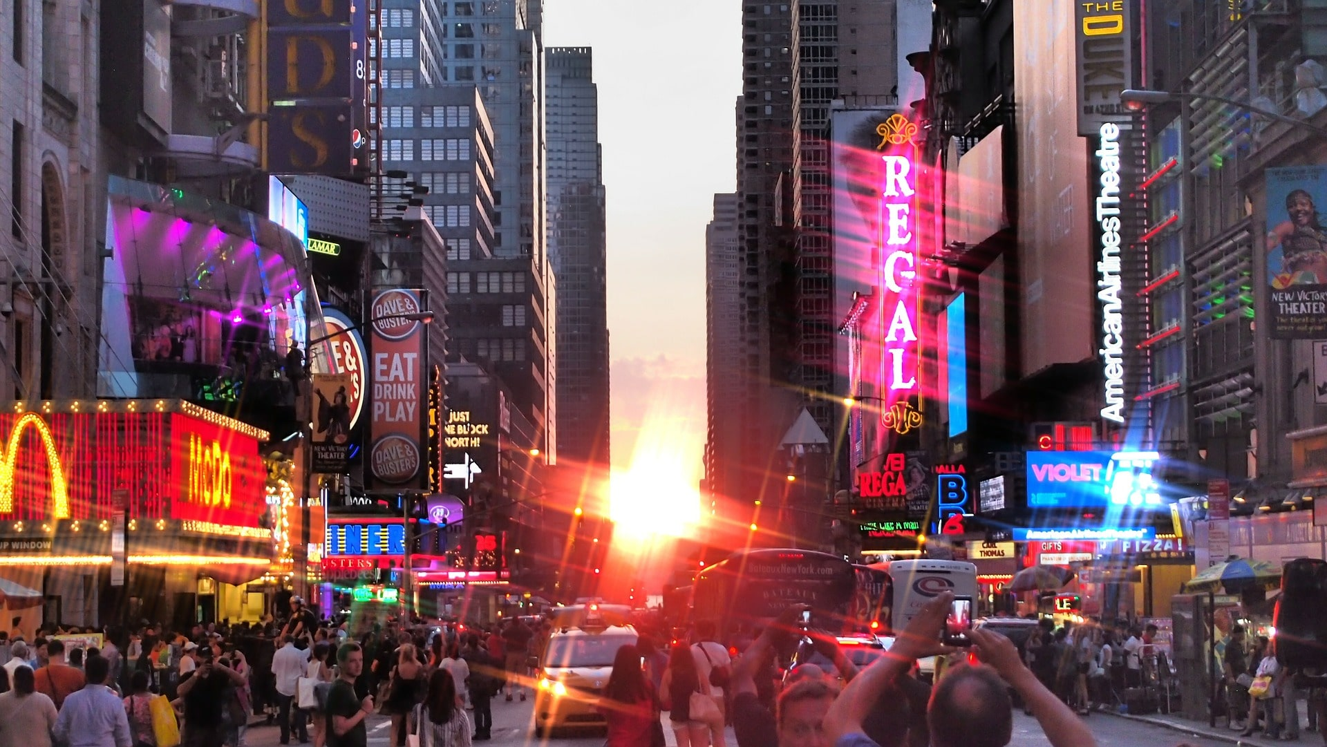 Manhattanhenge vue de Times Square