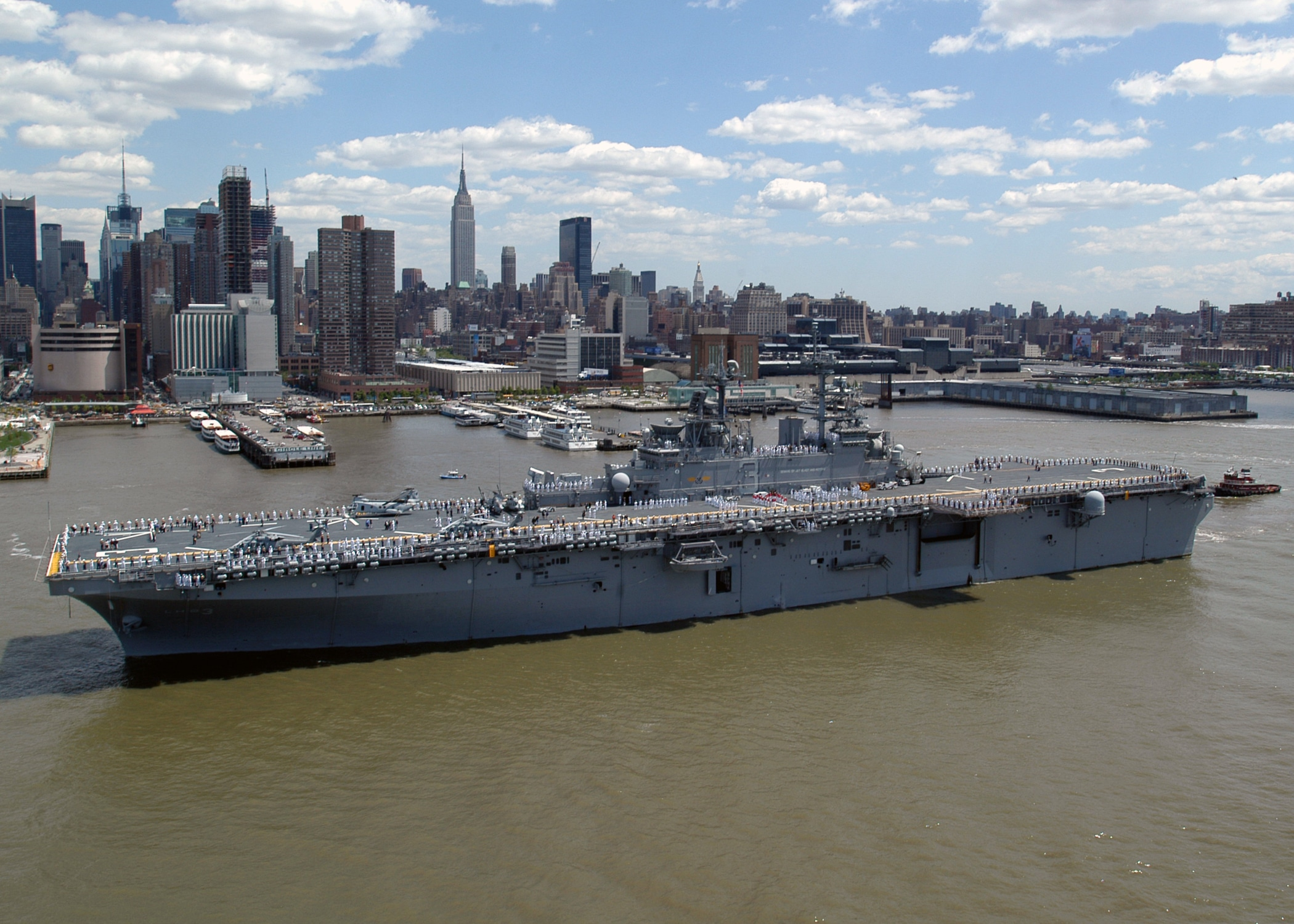 New York Fleet Week porte avion Manhattan
