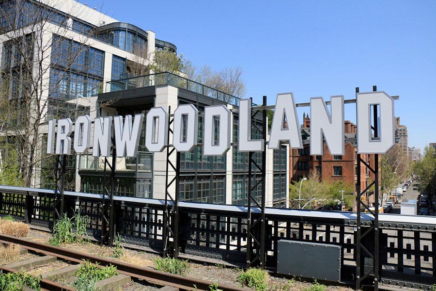 Panneau Ironwoodland sur la High Line à New York