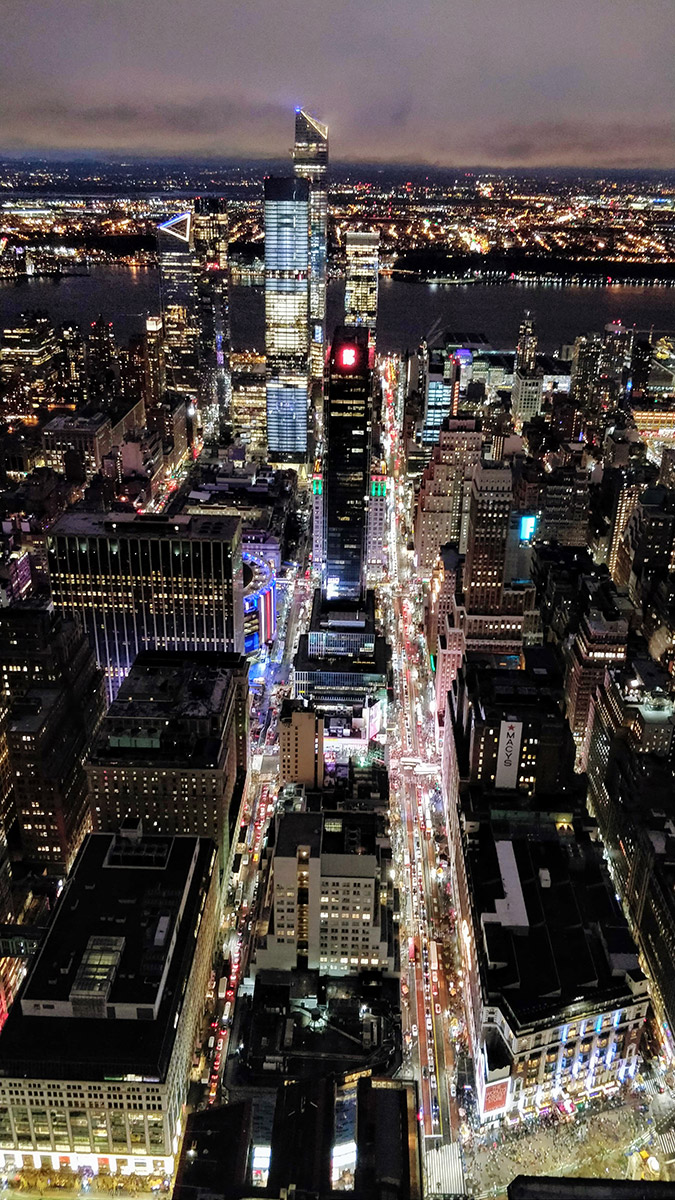 Macy's, Madison Square Garden et Hudson Yards depuis l'Empire State Building