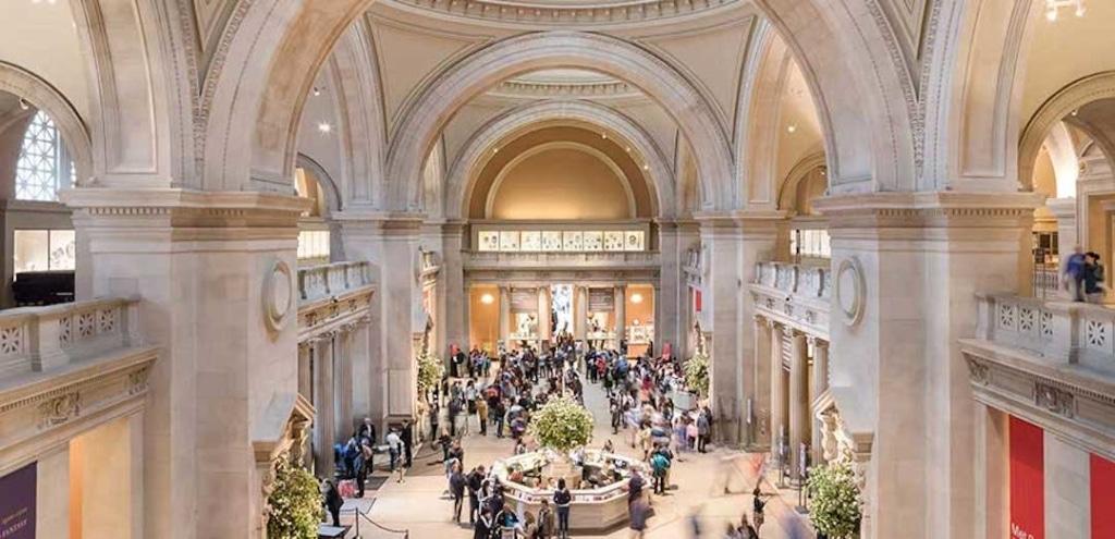 L'intérieur du Grand Hall du MET.