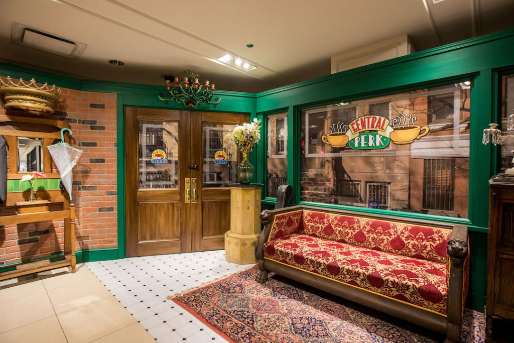 Reproduction du café Central Perk dans Friends