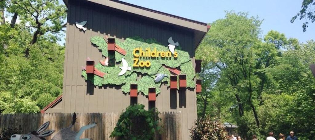 Le zoo pour enfant au zoo du Bronx à New York