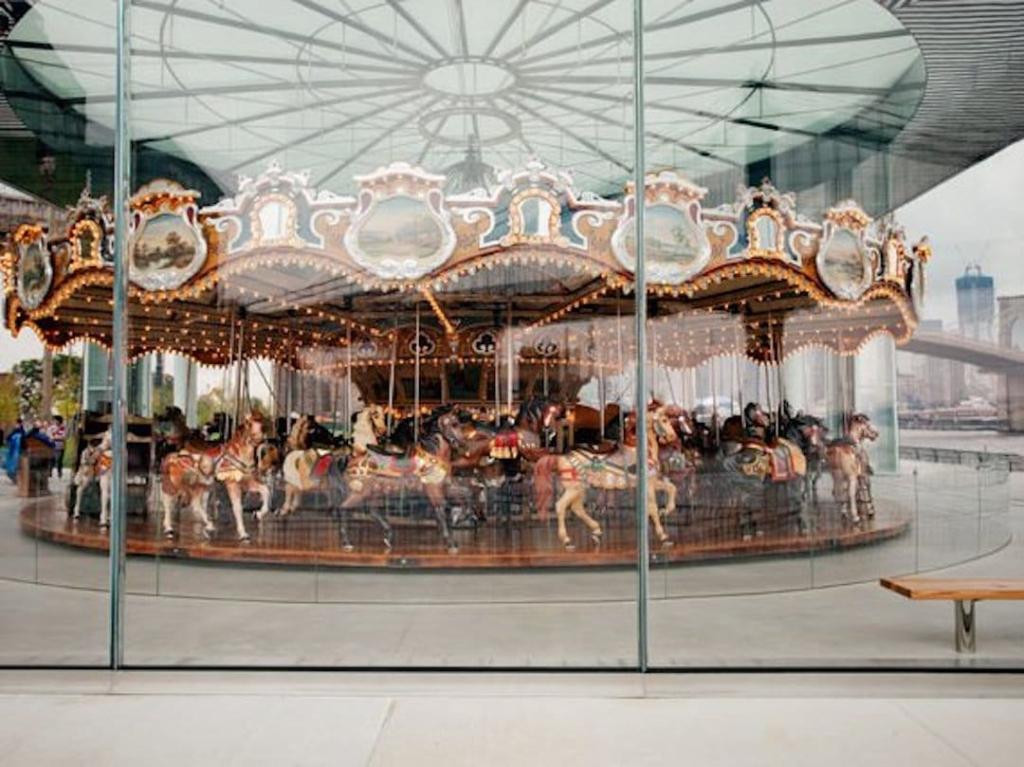 Jane's Carousel au Brooklyn Bridge Park à New York