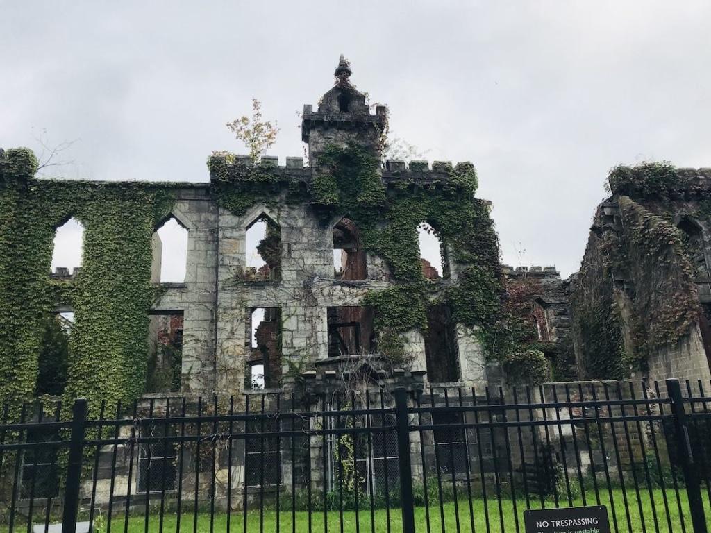 Ruines du smallpox hospital sur Roosevelt Island à New York